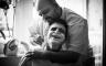 Der Bräutigam wird rasiert, Hochzeitsreportage Frankfurt
